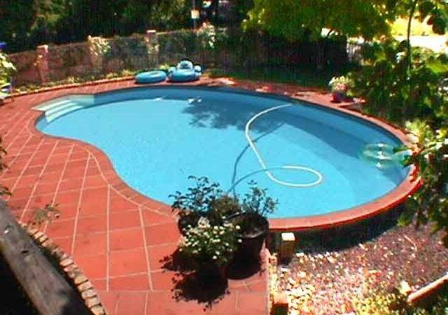 Above Ground Swimming Pools Small Yard