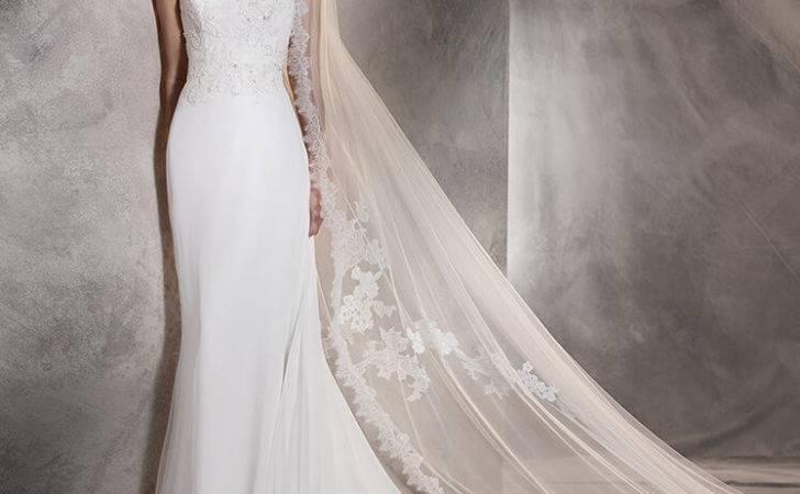 Agora Mermaid Wedding Dress Gauze Embroidery Back