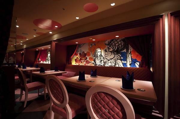Alice Wonderland Restaurant Colourful Life