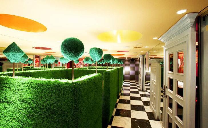 Alice Wonderland Restaurant Delightful New Tokyo Hotspot