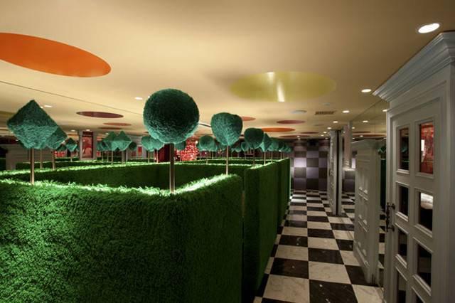 Alice Wonderland Restaurant Tokyo