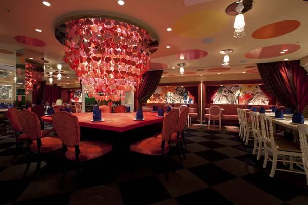 Alice Wonderland Themed Cafe Restaurants Tokyo Icosnap Cute