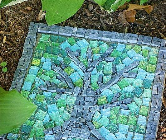 Amazing Diy Stepping Stone Ideas Your Garden