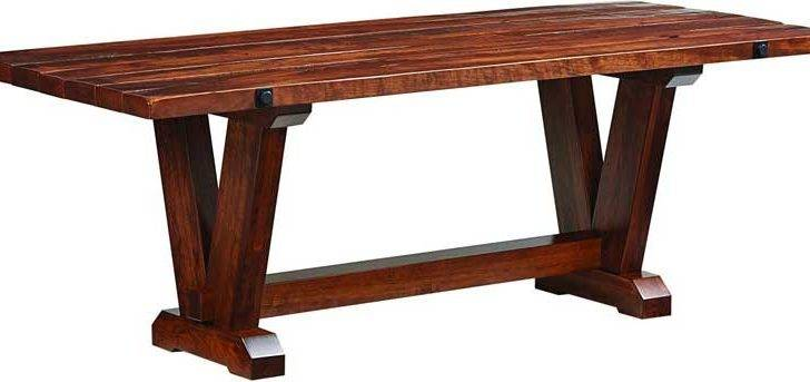 Amish Crafted Victor Dining Table