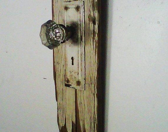 Antique Crystal Door Knob Rack Weatheredtraditions