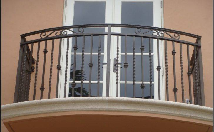 Awesome Sophisticated Balcony Grill Design Hostelgarden