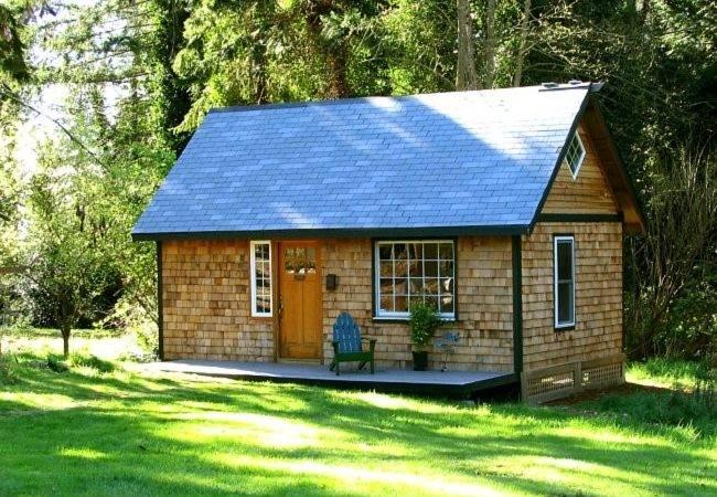 Backyard Cottage Blog Designs