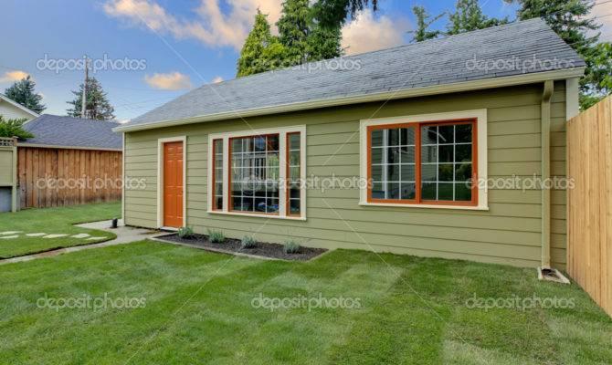 Backyard Guest Houses Plans Design House