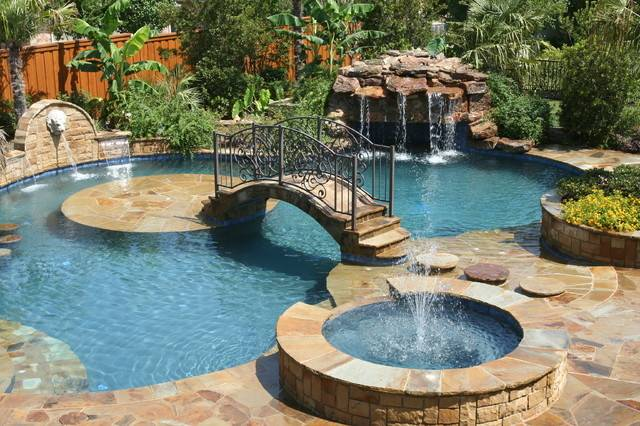 Backyard Paradise Tropical Pool