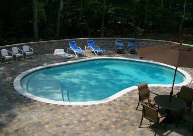 Backyard Swimming Pool Becuo