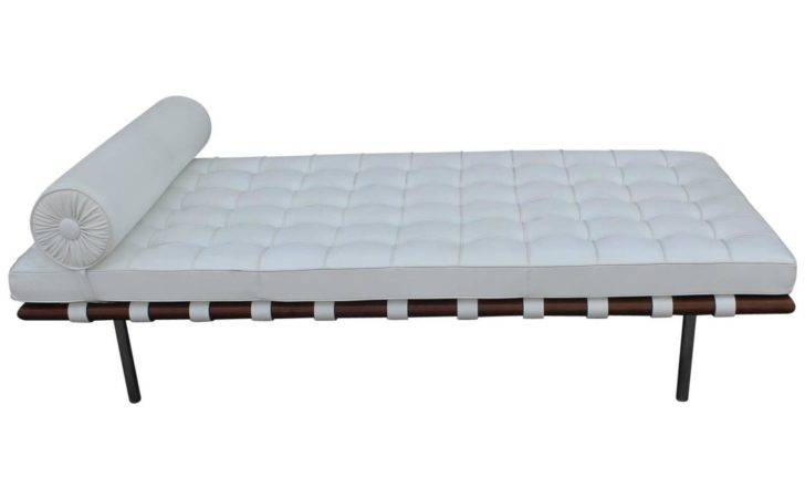 Barcelona Daybed Mies Van Der Rohe White Leather Stdibs