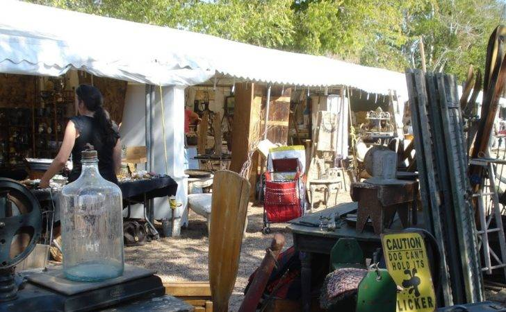 Barn Chic Antiques Round Top Warrenton Fall Show
