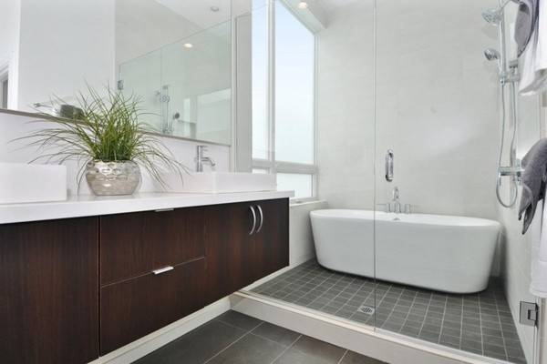 Bath Shower Screen Ensures More Style Comfort Fresh Design