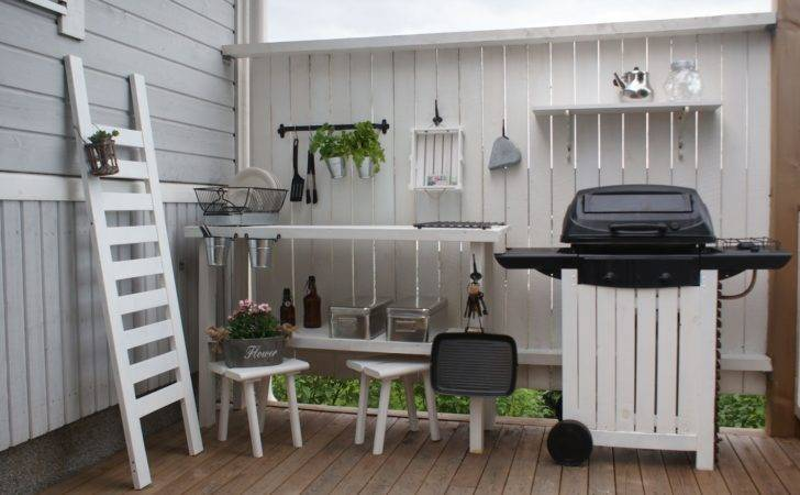 Beautiful Peony Summer Kitchen