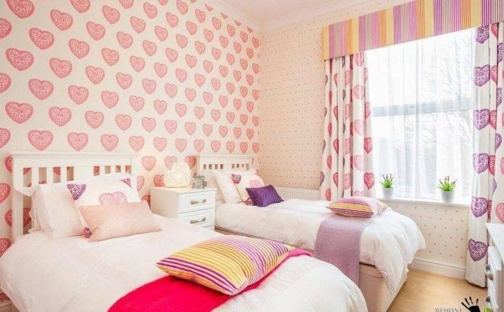 Beautiful Pink Heart Decoration Girls Room Along