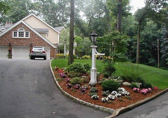 Best Ideas Driveway Entrance Landscaping Pinterest