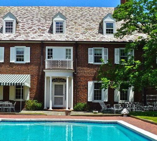Best Red Brick Pool Trim Design Ideas Remodel Houzz