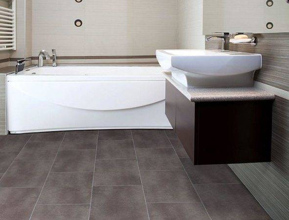 Big Grey Tiles Flooring Small Bathroom Awesome White Jacuzzi