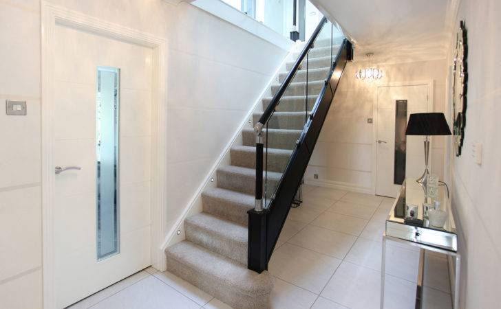 Black Gloss Glass Balustrade Staircase