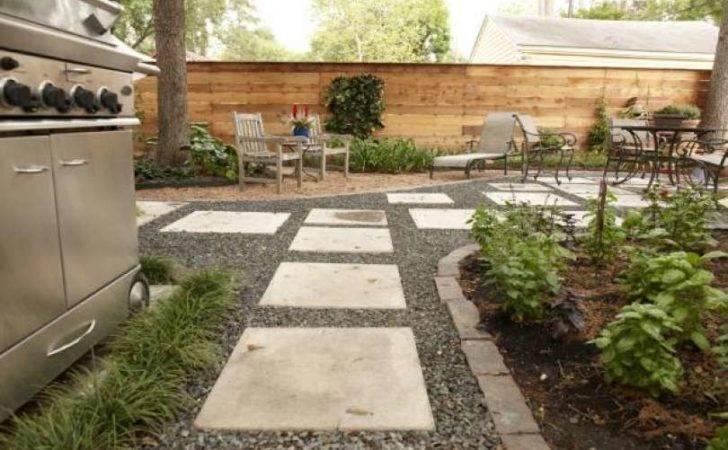 Black Star Gravel Large Concrete Pads Horizontal Wood