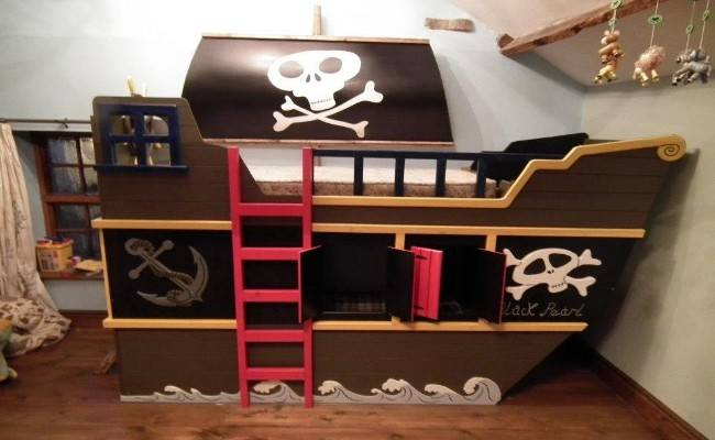 Boat Cabin Bunk Beds