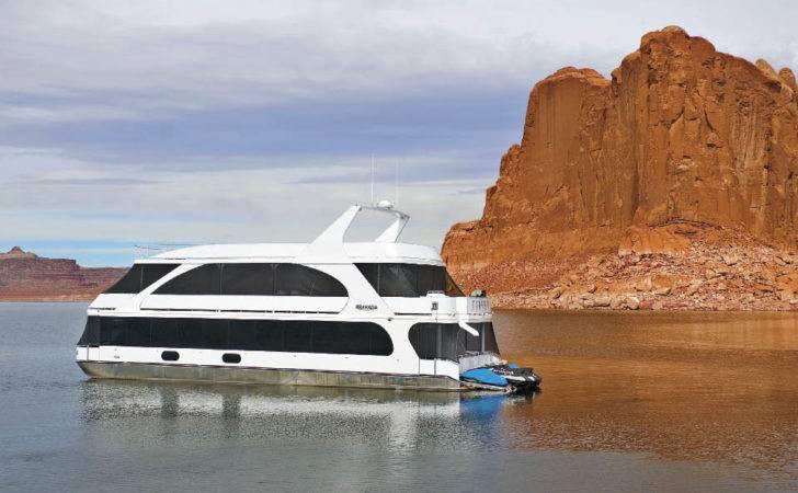 Bravada Yachts Houseboat Magazine