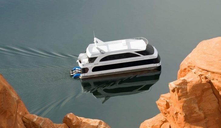 Bravada Yachts Houseboats Phoenix