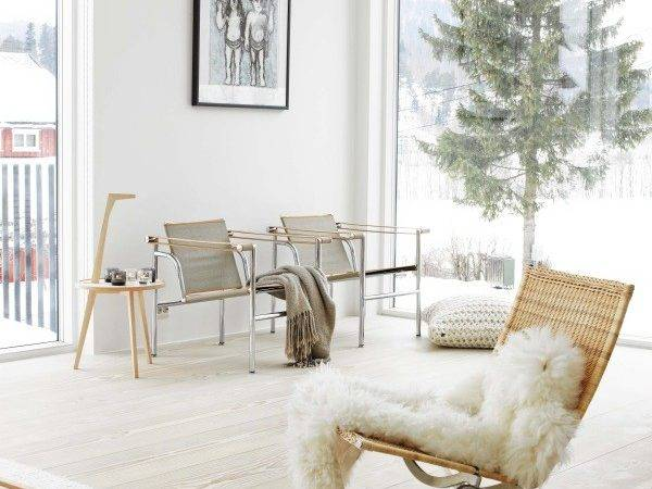 Bright Natural Scandinavian Home Jelanie