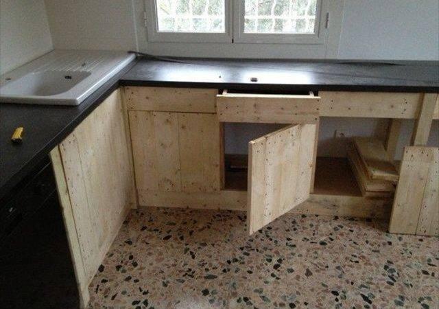 Building Wood Pallets Furniture Make Clean Safe