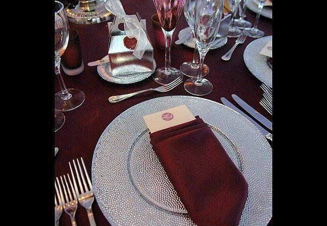 Burgundy Silver Table Setting Wedding Reception Decor Pintere