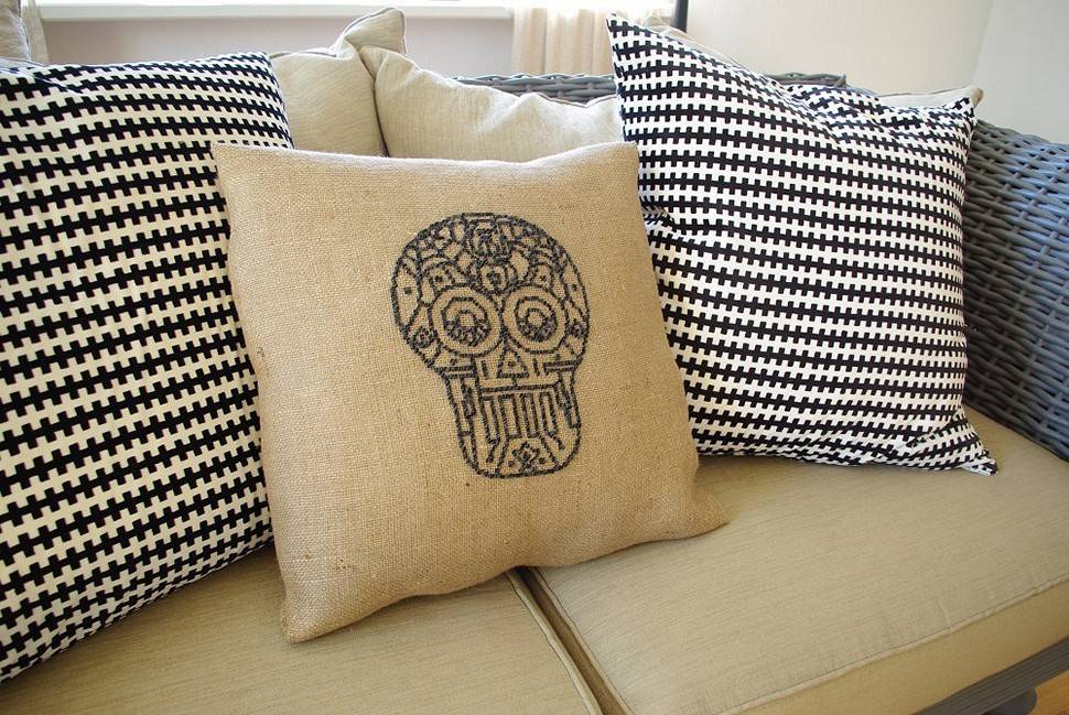 Burlap Pillow Covers Diy