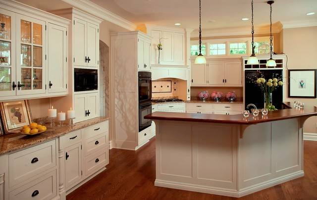 Cape Cod Shingle Style Lake Home Traditional Kitchen Detroit