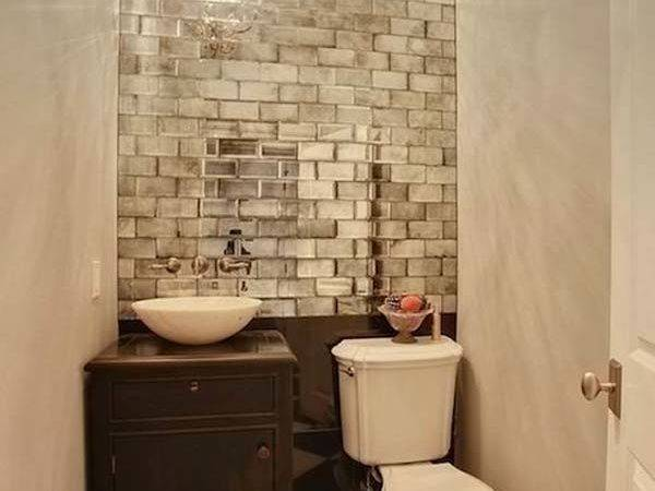 Changes Make Small Bathrooms Look Bigger
