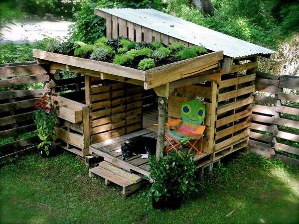 Check Out Plans Outdoor Diy Pallet Playhouses