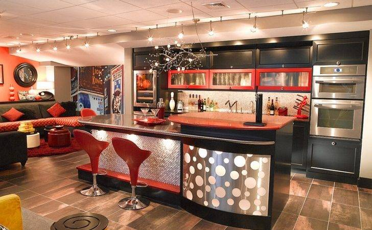 Chic Basement Bar Takes Back Bars