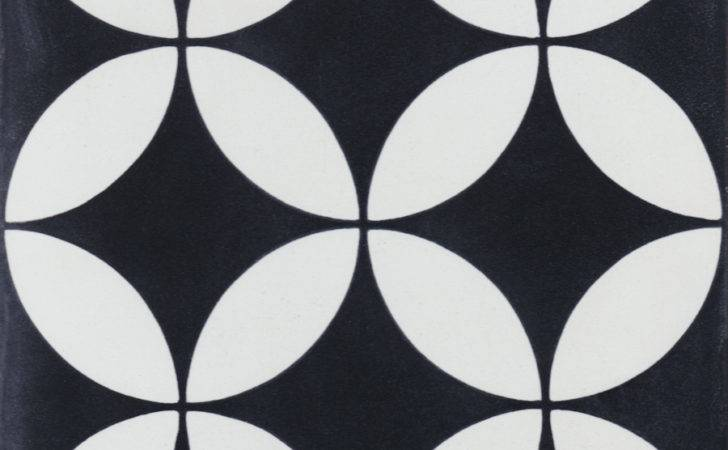 Circulos Black White Cement Tile Villa Lagoon