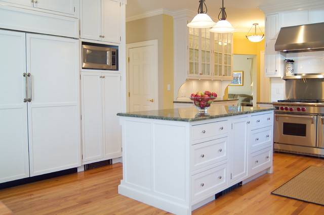 Classic Shaker Style White Kitchen Traditional Boston
