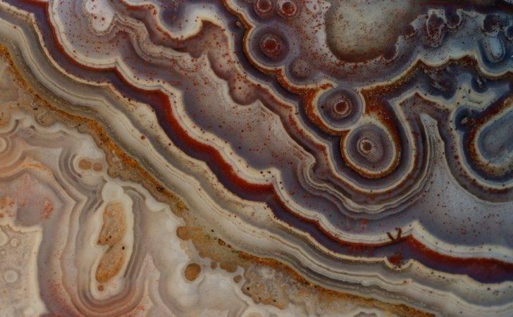 Close Geode Wallpaperup