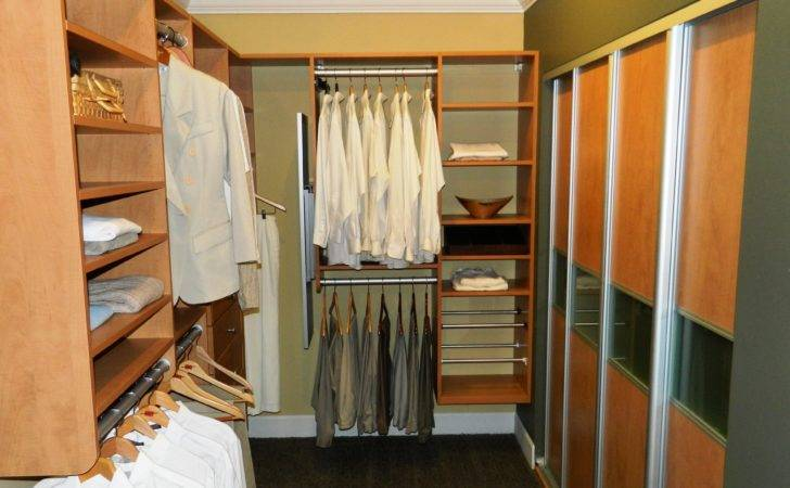 Closet Makes Great Such Small Space Reach Open