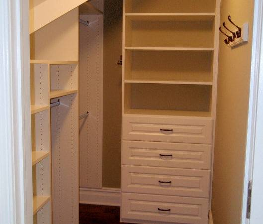 Closets Angles Affordable Plus