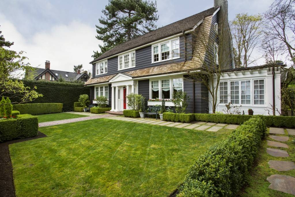 Colonial Style Home Modern Finishes Sale Seattle
