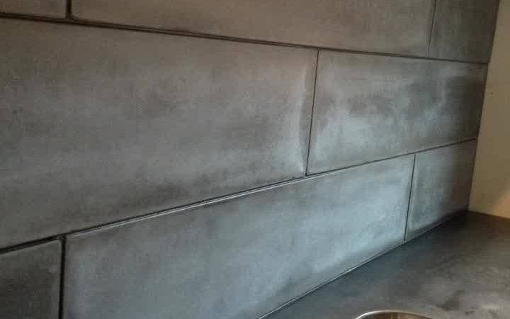Concrete Backsplash Looks Like Subway Tiles Black