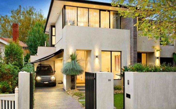 Concrete Modern House Exterior Balcony Hedging Facade