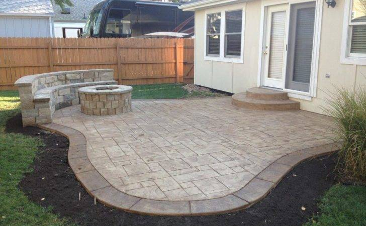 Concrete Patio Fire Pit Design Ideas