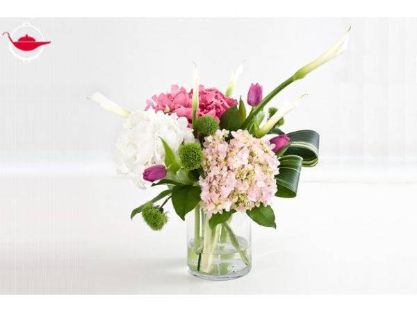 Contemporary Flower Arrangements Workshop Spoilt Experience Gifts