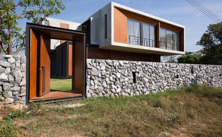 Contemporary House Designed Idin Architects Keribrownhomes
