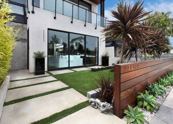 Contemporary House Modern Wood Fence