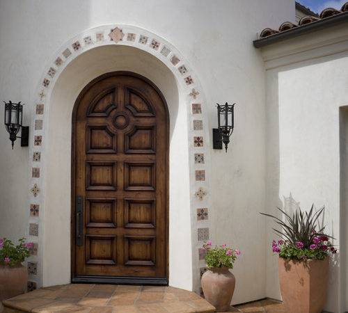 Could Find Small Spanish Tiles Around Door Beautiful