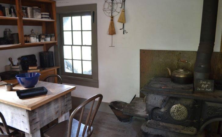 Country Handmaiden Homestead Diaries Summer Kitchen