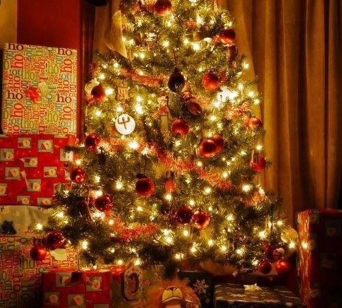Cowboy Christmas Tree Wife